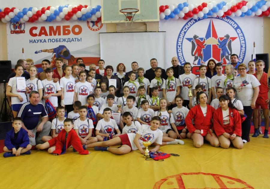 Веселые старты среди школ-участниц проекта «Самбо в школы» прошли в преддверии Дня защитника Отечества